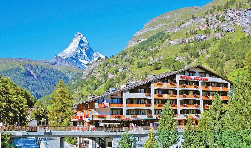 allalin-schweiz-individuell-szwajcaria-bufet.jpg