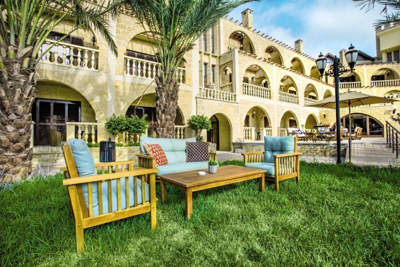 le-chateau-lambousa-cypr-cypr-budynki.jpg