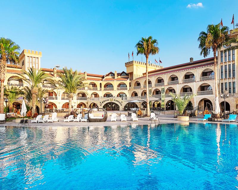 le-chateau-lambousa-cypr-cypr-girne-plaza.jpg