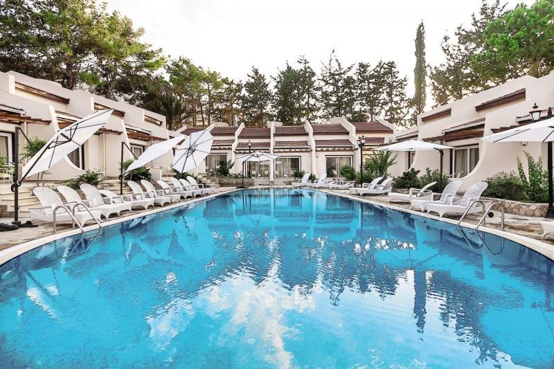 le-chateau-lambousa-cypr-cypr-lobby.jpg