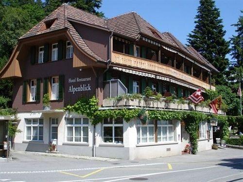 alpenblick-szwajcaria-berneroberland-heiligenschwendi-bar.jpg