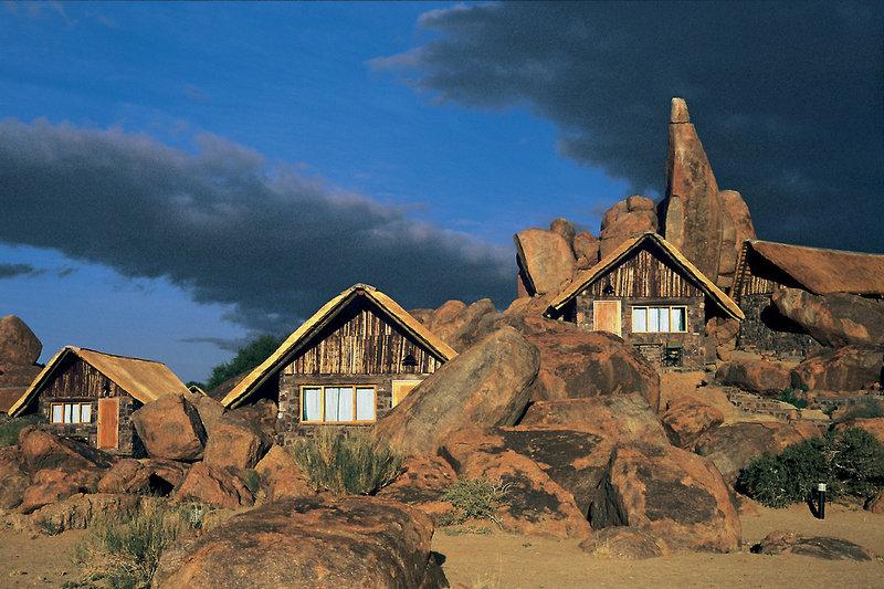 canyon-lodge-namibia-namibia-fishriver-canyon-wyglad-zewnetrzny.jpg