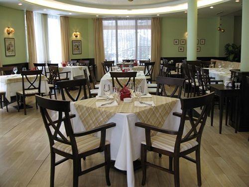 apartment-house-bulgaria-bulgaria-sofia-i-okolice-sofia-restauracja.jpg