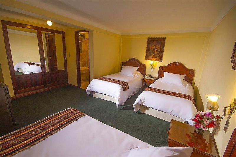 agusto-s-hotel-cusco-peru-peru-cusco-bar.jpg