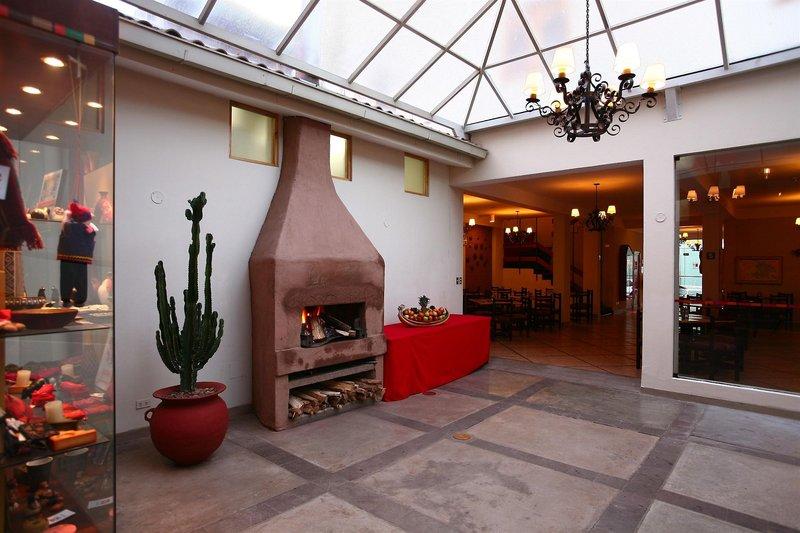 casa-andina-classic-puno-tikarani-peru-peru-puno-bufet.jpg