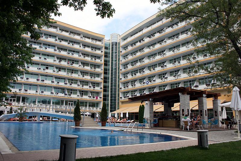 grand-hotel-oasis-bulgaria-sloneczny-brzeg-burgas-sloneczny-brzeg-lobby.jpg