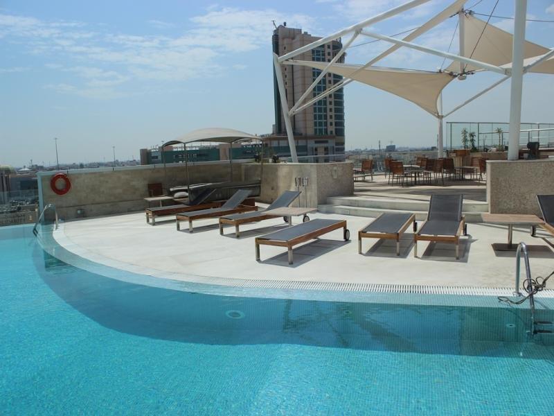 ramee-grand-hotel-spa-bahrajn-bahrajn-manama-plaza.jpg