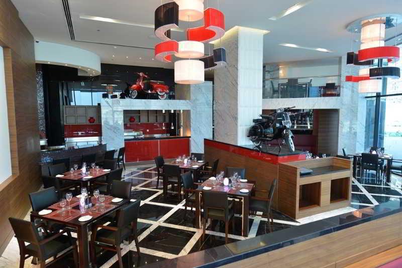 ramee-grand-hotel-spa-bahrajn-bahrajn-manama-restauracja.jpg