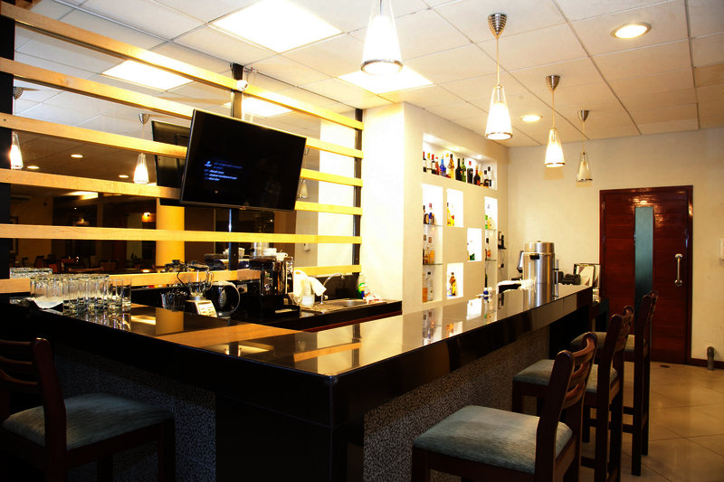 victoria-regia-peru-peru-iquitos-restauracja.jpg
