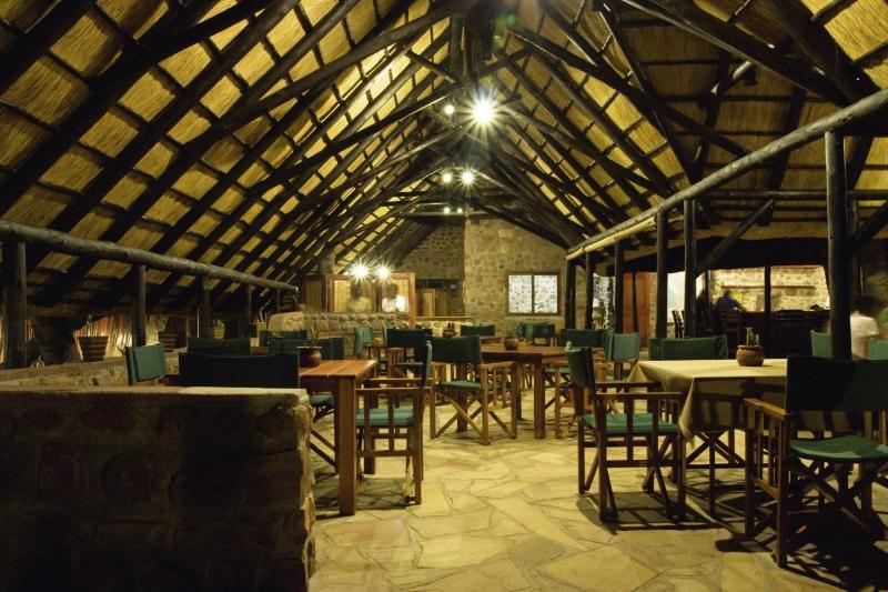 omarunga-camp-namibia-sport.jpg