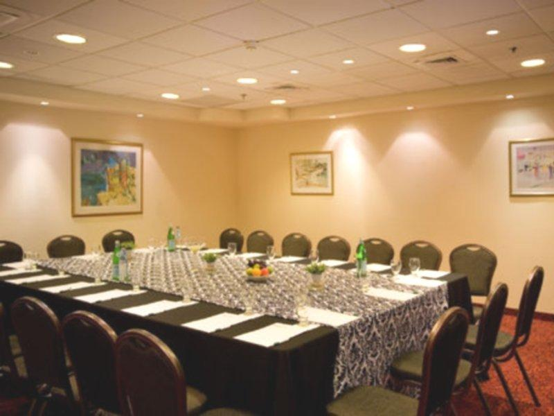 holiday-inn-ashkelon-izrael-izrael-ashkelon-bar.jpg