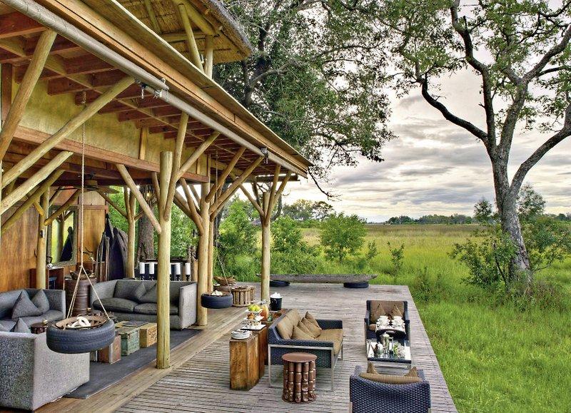 andbeyond-xudum-okavango-delta-lodge-botswana-basen.jpg