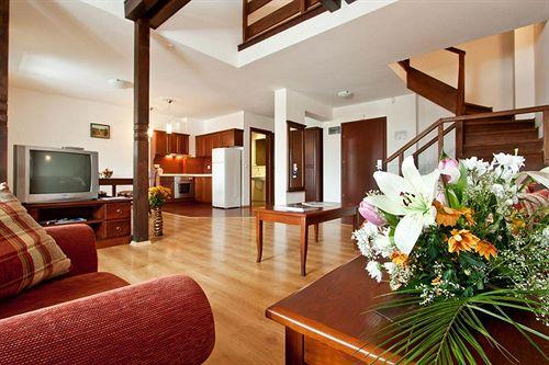 astera-bansko-hotel-spa-bulgaria-recepcja.jpg