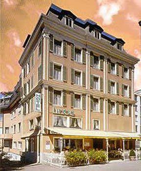 restaurant-linde-szwajcaria-szwajcaria-centralna-einsiedeln-ogrod.jpg