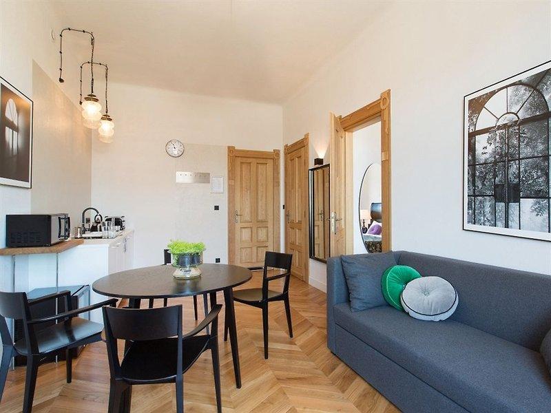 antique-apartments-plac-szczepanski-polska-lobby.jpg