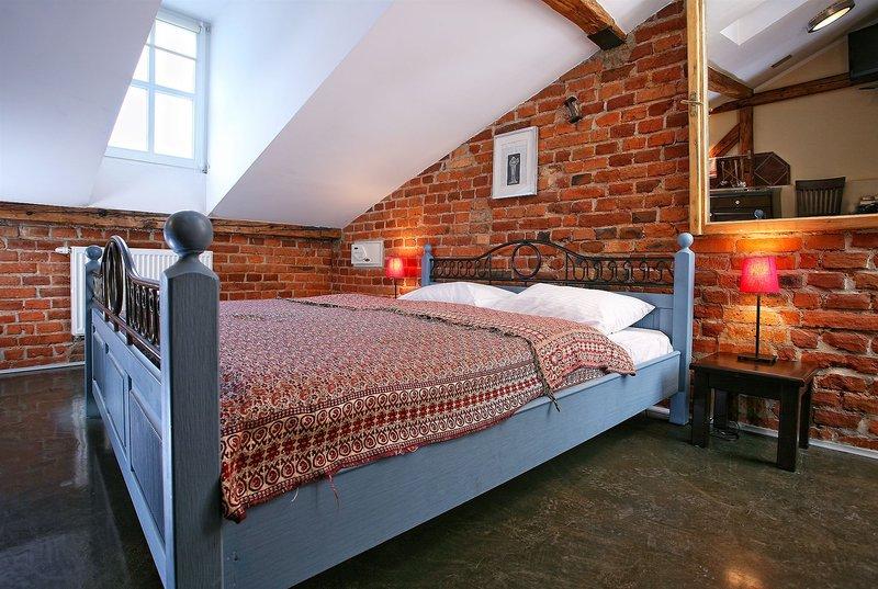 antique-apartments-plac-szczepanski-polska-polska-krakow-bufet.jpg