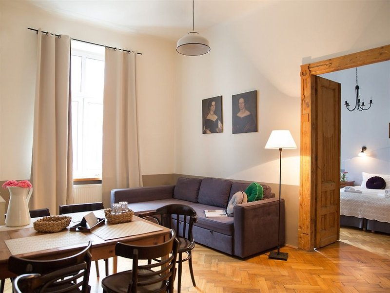 antique-apartments-plac-szczepanski-polska-polska-krakow-pokoj.jpg