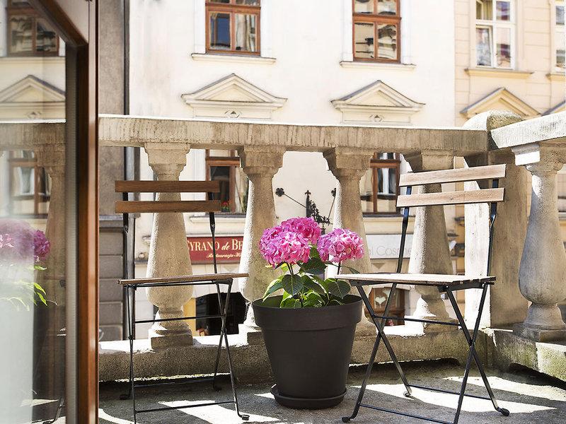 antique-apartments-plac-szczepanski-polska-recepcja-wyglad-zewnetrzny.jpg