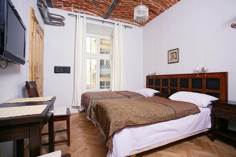 antique-apartments-plac-szczepanski-polska-wyglad-zewnetrzny.jpg