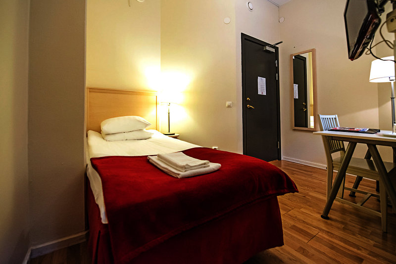 2kronor-hotel-c-i-t-y-szwecja-basen.jpg