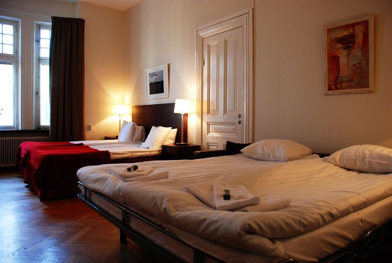 2kronor-hotel-c-i-t-y-szwecja-sztokholm-i-okolice-stockholm-bar.jpg