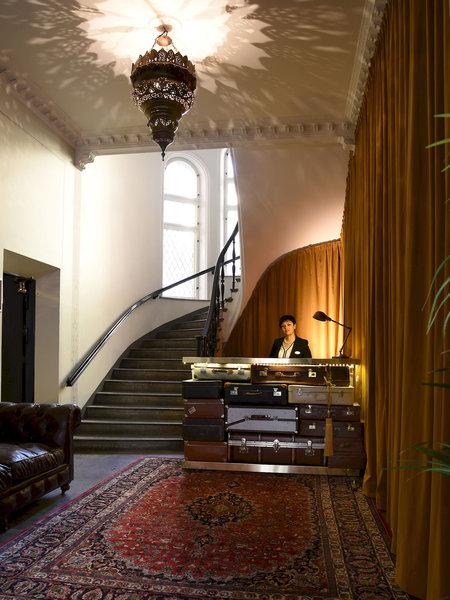 2kronor-hotel-c-i-t-y-szwecja-sztokholm-i-okolice-stockholm-lobby.jpg