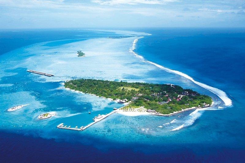 adaaran-select-hudhuranfushi-malediwy-lobby.jpg