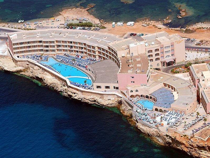 paradise-bay-malta-sport.jpg