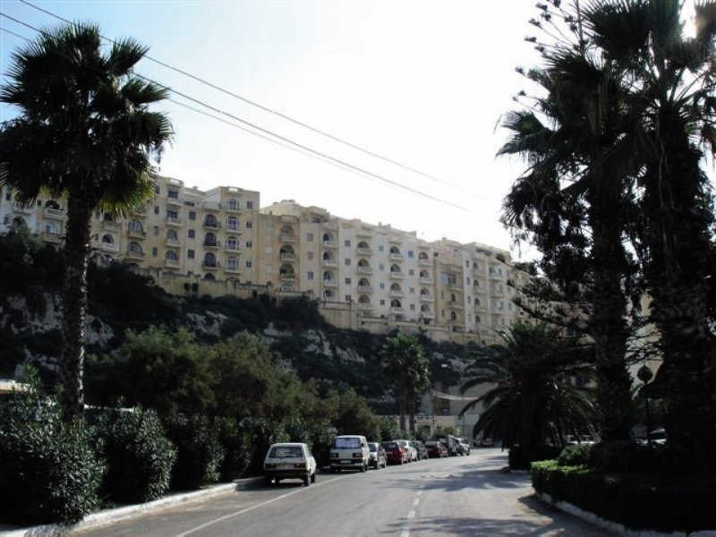 xlendi-heights-apartments-malta-gozo-xlendi-ogrod.jpg