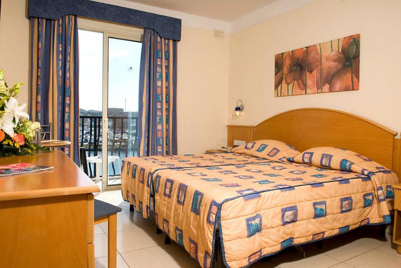 bayview-hotel-apartments-bayview-hotel-apartments-malta-malta-bufet.jpg