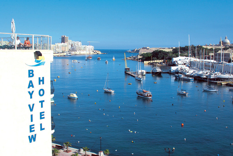 bayview-hotel-apartments-bayview-hotel-apartments-malta-malta-recepcja.jpg