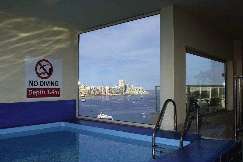 bayview-hotel-apartments-malta-malta-plaza.jpg