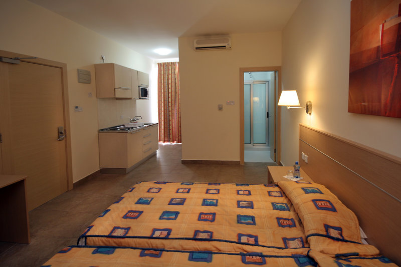 bayview-hotel-apartments-malta-malta-wyglad-zewnetrzny.jpg
