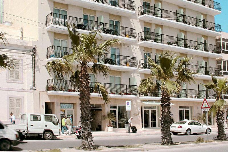 bayview-hotel-appartements-malta-malta-sliema-pokoj.jpg