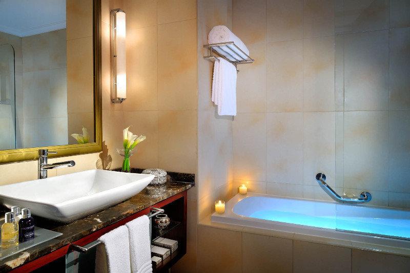 marriott-executive-apartments-manama-bahrajn-bahrajn-sport.jpg