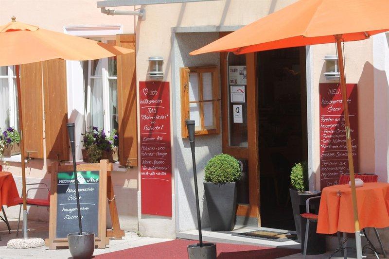 albula-szwajcaria-gryzonia-bergun-bravuogn-restauracja.jpg