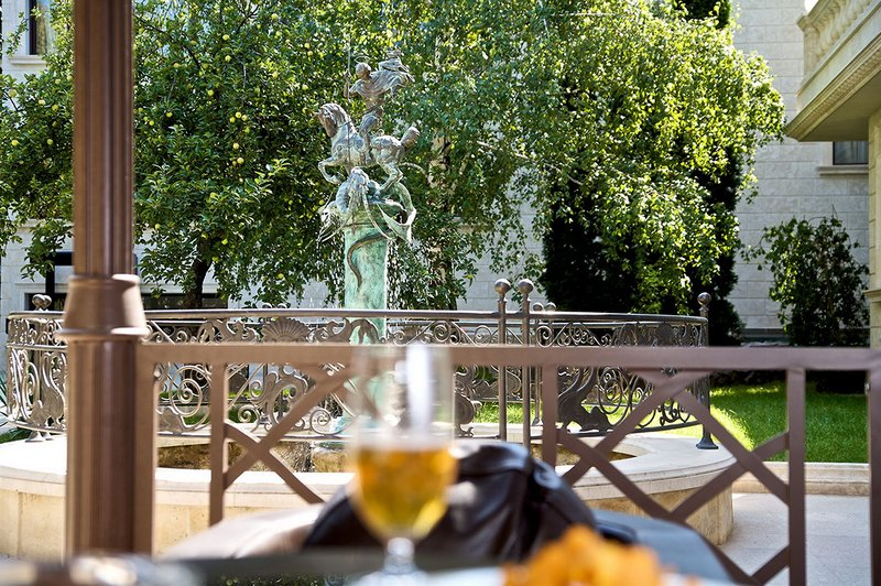 ajax-bulgaria-sofia-i-okolice-sofia-restauracja.jpg
