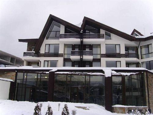 aspen-golf-apartment-complex-bulgaria-widok-z-pokoju.jpg
