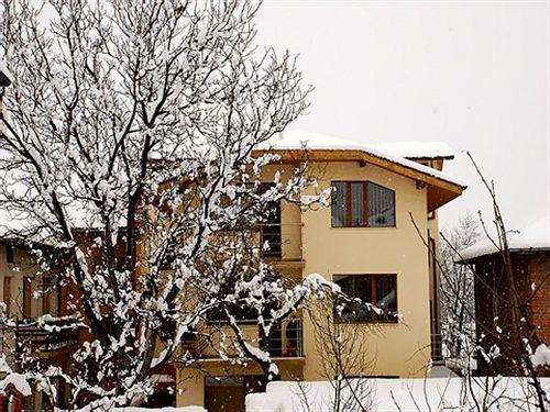 prespa-bansko-guest-house-bulgaria-wyglad-zewnetrzny.jpg