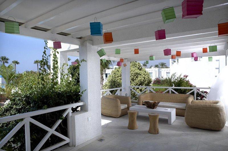 so-nice-boutique-suites-cypr-cypr-poludniowy-ayia-napa-budynki.jpg