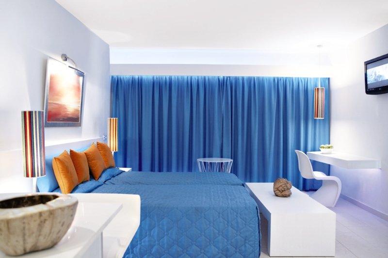 so-nice-boutique-suites-cypr-cypr-poludniowy-ayia-napa-morze.jpg