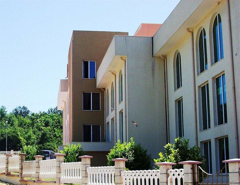 sea-paradise-apartment-complex-bulgaria-zlote-piaski-warna-baltschik-bufet.jpg