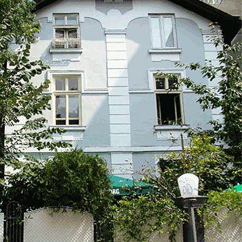 the-house-bulgaria-sofia-i-okolice-sofia-basen.jpg