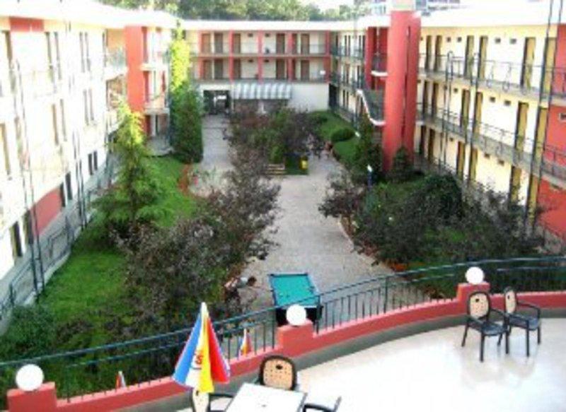 club-hotel-strandja-bulgaria-lobby.jpg