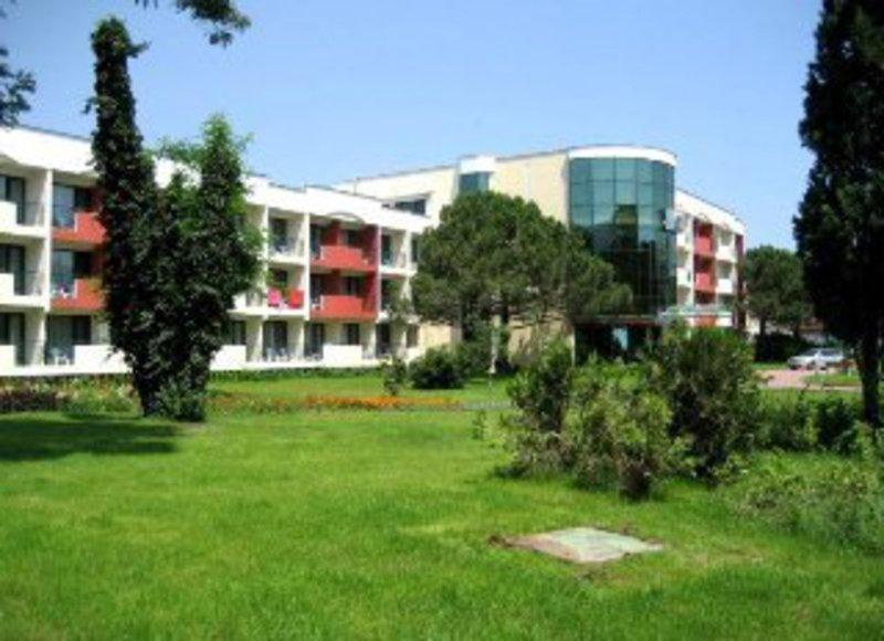 club-hotel-strandja-bulgaria-sloneczny-brzeg-burgas-sloneczny-brzeg-pokoj.jpg