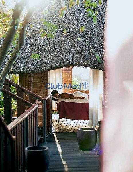 club-med-resort-villas-d-albion-mauritius-wybrzeze-polnocno-zachodnie-albion-lobby.jpg