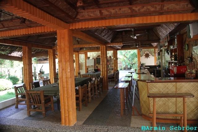 southern-leyte-divers-resort-filipiny-filipiny-san-roque-bar.jpg