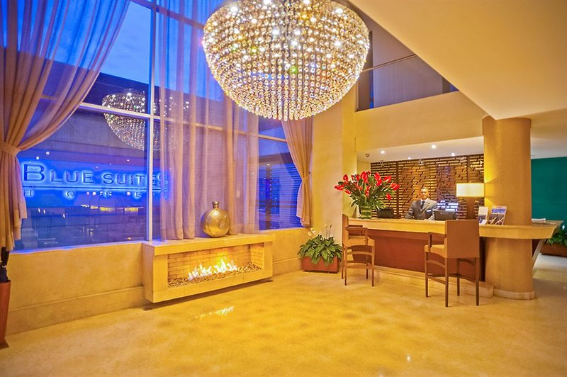 blue-suites-kolumbia-sport.jpg