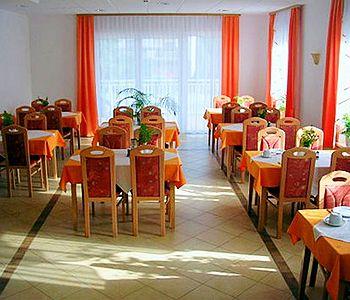 garni-hotel-villa-tamara-slowenia-slowenia-recepcja.jpg