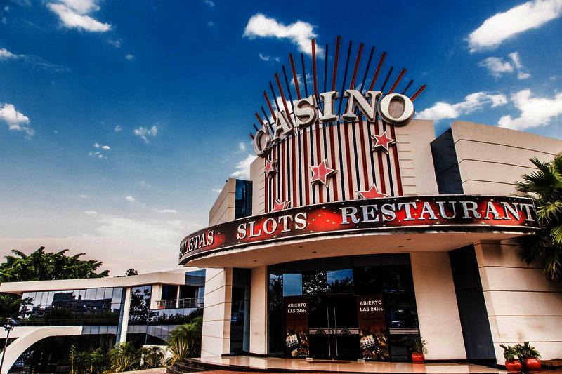 casino-acaray-paragwaj-paragwaj-ciudad-del-este-bar.jpg